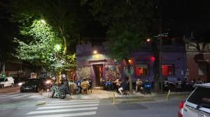 Ambiente nocturno en Palermo